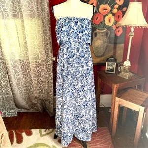 Cool Cube blue/white paisley strapless dress